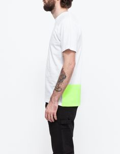 From Carhartt WIP, a relaxed fit t-shirt with a contrast neon block print at the lower back. Features a ribbed crew neckline, sports label at the hem and relaxed fit through the body. Hey Man, Men Street, Man Swimming, Get The Look, Sportswear, Menswear, Carhartt Wip, Mens Fashion, Mens Tops