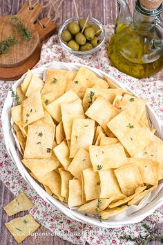 CRACKERS ALL'OLIO D'OLIVA (SENZA LIEVITAZIONE) Crackers, Party Finger Foods, Antipasto, Gnocchi, Relleno, Biscotti, Picnic, Brunch, Food And Drink
