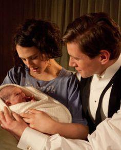 Sybil & baby downton-abbey season 3
