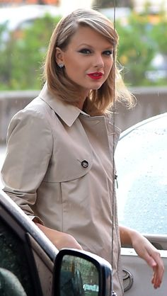 Taylor in NYC 26.04.14 <3