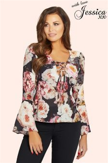 Jessica Wright Floral V neck Blouse Summer Fashion Outfits, Pretty Outfits, Stylish Outfits, Fashion Dresses, Latest Fashion For Women, Womens Fashion, Pinterest Fashion, Stylish Tops, Blouse Designs