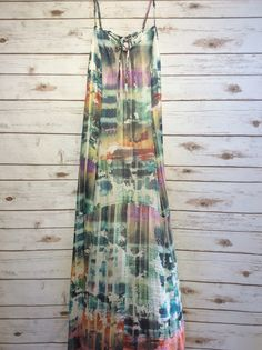 Love the colors on this dress!! #farmerjohns #farmerjohnsboutique #theboutiqueatfarmerjohns #fashion
