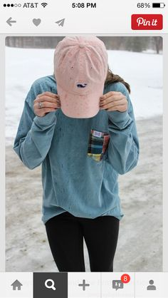 Long sleeve shirt with vineyard vines hat and leggings, southern