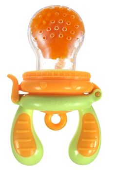 """""""We found this food feeder and love it! We carry it in our diaper bag as well. It's much easier to clean than other mesh-type feeders and is small/lightweight."""" -Idealish  Read the full review here! http://www.idelish.com/2013/08/12/top-baby-travel-gear/"""