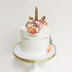 finished Unicorn cake✨ I really love the colors on this one. Colors matched to birthday invitations  #sweetandsaucyshop #unicorncake #rainbow #unicorn #instacake #cakestagram #cakesofinstagram