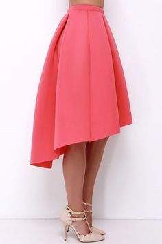 The High Seas, Low Tide Coral High-Low Padded Midi Skirt is at the top of our list of must-haves! Box pleats below the high waist lend some epic volume to this pretty midi skirt. Fashion Moda, Skirt Fashion, Fashion Outfits, Skirt Outfits, Dress Skirt, Midi Skirt, High Low Skirt, High Waisted Skirt, Evening Skirts