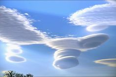 Rare spectacle: These lenticular clouds, also known as altocumulus standing lenticularis, are hardly ever seen in British skies. Weather Storm, Weather Cloud, Wild Weather, All Nature, Science And Nature, Amazing Nature, Beautiful Sky, Beautiful World, Fuerza Natural