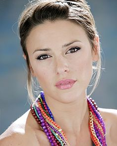 elizabeth hendrickson - chloe on young and restless  She is so georgeous!!!!