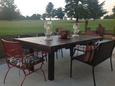 Our outdoor tabled made from two pallets.