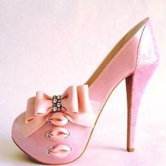 Sugar heel by Antonio Balbuena
