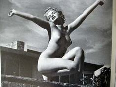 /Andre-De-Dienes-The-Full-Nude-Book-Marilyn-Monroe--_35.JPG