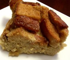 Bailey's Irish Cream Bread Pudding! Perfect for St. Patrick's Day brunch or even Christmas breakfast. #Irish