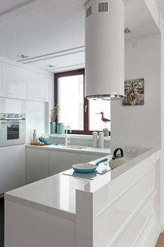 Nowoczesna kuchnia Kitchen Dining, Kitchen Island, Best Places To Live, Leroy Merlin, Sweet Home, Table, Inspiration, Furniture, Kitchen Makeovers