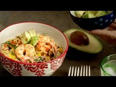 Add some flavor to your dinner with our recipe for Shrimp and Queso Rice. It only takes a few ingredients to bring this creamy dish to life. Learn how to cook this crowd-pleasing dish with the help of Knorr® Chef Einav.