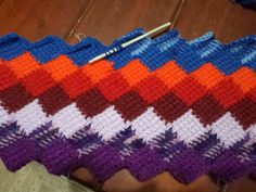 Terapia das linhas: Manta em crochê tunisiano ou crochetricô