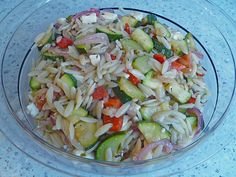Chrissis Kritharaki - Salat, ein raffiniertes Rezept aus der Kategorie Gemüse. Bewertungen: 62. Durchschnitt: Ø 4,4.