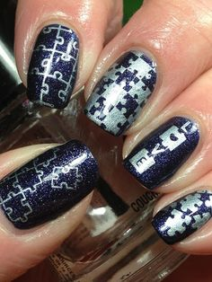 Autism Awareness Mani Not usually a nails girl, but I do love this one! Blue Nail Designs, Nail Polish Designs, Cool Nail Designs, Diy Nails, Cute Nails, Pretty Nails, Autism Tattoos, Puzzle Art, Maquiagem