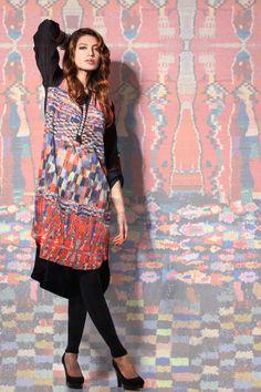 Khaadi Khaas Digital Lawn Prints Collection 2013 For Women by Pakistan Fashion Magazine Pakistani Couture, Pakistani Dress Design, Pakistani Dresses, Hijab Fashion, Fashion News, Fashion Dresses, Pakistani Street Style, Pakistan Fashion, Desi Clothes