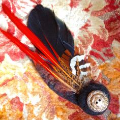 Coq and raven feather hat pin brooch or hair accessory with felted details Raven Feather, Feather Hat, Theatre Costumes, Lace Scarf, Coq, Wet Felting, Hat Pins, Festival Wear, Felt Animals
