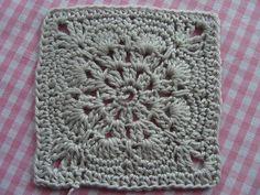Free Ravelry Pattern.. Granny square 'somalia'