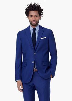 Como combinar un vestido azul para hombre