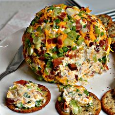 Jalapeno Popper Cheese Ball Recipe is full of jalapeno popper flavors like crisp smoked bacon, spicy minced jalapeno, sharp cheddar and smooth cream cheese. Best Cheese Ball Recipe, Cheese Ball Recipes, Jalapeno Popper Dip, Great Appetizers, Appetizer Recipes, Christmas Appetizers, Cakepops, Enchiladas, Poppers Recipe