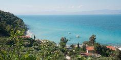 Zon, zee en tzatziki op het Griekse eiland! Witte stranden, een azuurblauwe zee en verborgen baaitjes: de Grieken zijn dol op schiereiland Chalkidiki. En wij nu ook. Een 8-daagse vliegreis naar dit vakantieoord heb je als Margriet-lezer al vanaf € 525 p.p. Chalkidiki is een schiereiland in Griekenland, maar bestaat zelf ook weer uit drie…