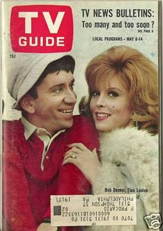 Do you see the little brown line on the left edge of the guide? Well that was the end of Dawn Wells pig tail. Bob Denver refused to do the shoot unless they took Dawn and Tina's picture with him. The people didn't like that. They only wanted Ginger but they tricked the three of them and cut Dawn Wells out of the picture.
