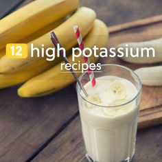 Making a high potassium meal or snack is a great way to contribute to your total intake for the day. These recipes all deliver, using foods that are… Heart Healthy Recipes, Gourmet Recipes, Healthy Snacks, Healthy Eating, Smoothie Recipes, Smoothies, High Potassium Foods, Rich Recipe, World Recipes