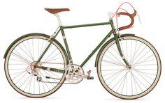 PUBLIC R16 in green