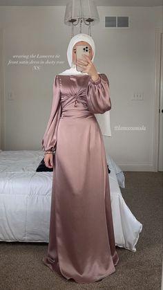 Modest Fashion Hijab, Modern Hijab Fashion, Modesty Fashion, Hijab Fashion Inspiration, Islamic Fashion, Muslim Fashion, Fashion Dresses, Hijab Evening Dress, Hijab Dress