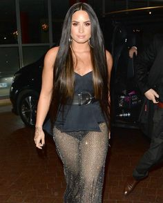 Demi Lovato  Arriving at the MTV EMAs after party in London  #wwceleb #demilovato