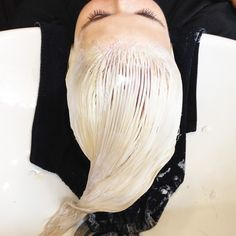 7 tips to follow if you're taking your hair from brunette to platinum blonde #color #oribe #goldlust