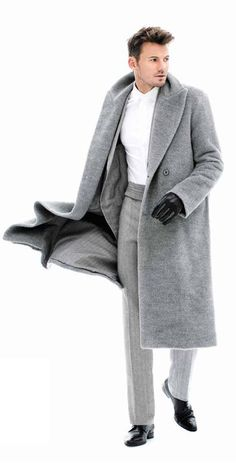 The classic styling of what I would call Ermenegildo Zegna's pearl-gray coat