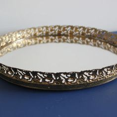 Vintage gold round mirrored vanity tray, mirror tray, perfume tray, metal tray, decorative tray, jewelry tray