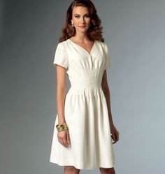 Misses' Pleated Dress, V9046 http://voguepatterns.mccall.com/v9046-products-49004.php?page_id=174 #voguepatterns