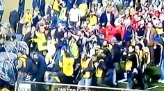 Boca Juniors vs. River Plate: 'millonarios' quisieron salir, pero les lanzaron botellas
