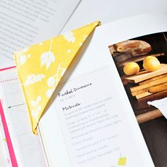Do you need an easy gift? Have extra fabric scraps? This is the perfect project for you!