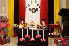 Minnie Mouse Birthday Party Ideas | Photo 7 of 14