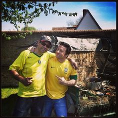 """@Jamie Wise Oliver's photo: """"Cooking Fegwada with my Brazilian brother Santos good times such a delicious dish with all the salsas and chillis and side greens and side dishes I always love spending time with Santos 18 years we have worked together !!! Joy and friendship ...... Big hallo to all the Brazilians on Instagram !!! If your reading this. What is your favourite Brazilian food I'm trying to learn more love #jamieoliver xxxxxxxxx"""""""
