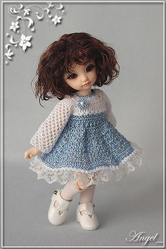 "PlayDolls.ru - Играем в куклы :: Тема: Angel_: Наряды моих ""Ангелочков"" (52/52) Crochet Doll Dress, Crochet Doll Clothes, Knitted Dolls, Doll Clothes Patterns, Baby Doll Clothes, Barbie Clothes, Blythe Dolls, Barbie Dolls, Crochet Doll Tutorial"