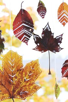 Children can draw on the leaves and hang them up. Isn't that a fun idea?