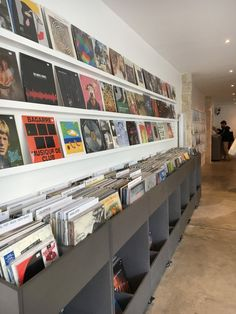 Record Wall Art, Vinyl Record Display, Vinyl Record Storage, Diy Vinyl Storage, Lp Storage, Cd Store, Vinyl Store, Vinyl Room, Audio Room