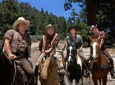Still of Lorne Greene, Michael Landon, Dan Blocker and Pernell Roberts in Bonanza (1959)