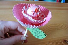 Lollypop Flower--Kids can make these pretty treats for a Valentine's Day exchange with friends or classmates.