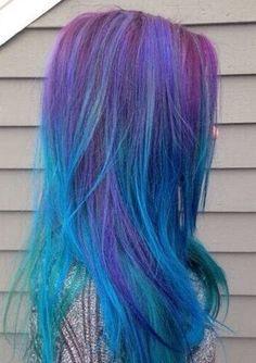 Gorgeous dyed hair. Ombre hair. Mermaid hair. Peacock hair. Purple hair. Blue hair. YUMM.