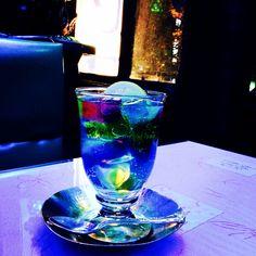 青い照明のレトロな喫茶店 京都【ソワレ】健在☆ ゼリーポンチ #木屋町 #四条