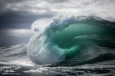 Warren Keelan ventures into the ocean in order to capture his breathtaking images of waves rising and falling along the coastline of south-eastern Australia. No Wave, Water Waves, Sea Waves, Waves Photography, Nature Photography, Photography Aesthetic, Stunning Photography, Photography Awards, Photography Gallery