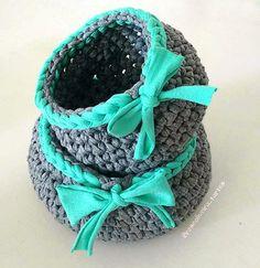 Ideas for bath mat ideas fabrics Diy Crochet Basket, Crochet Bowl, Bag Crochet, Crochet Diy, Knit Basket, Crochet Needles, Love Crochet, Crochet Gifts, Cotton Cord