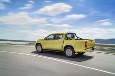 Mercedes-Benz X-Class in limonite yellow metallic